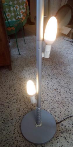LAMPADA CON PARALUME ALLUNGABILE ALTA 1.15 mt - 4/5