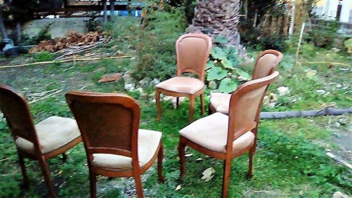 5 sedie in legno massello con seduta morbida - 3/4