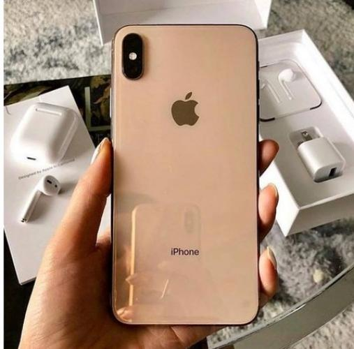 Apple iPhone XS 64GB prezzo 340 EUR  ,iPhone XS Max 64GB prezzo 350 EUR ,iPhone X 64GB per 270 EUR - 1/1