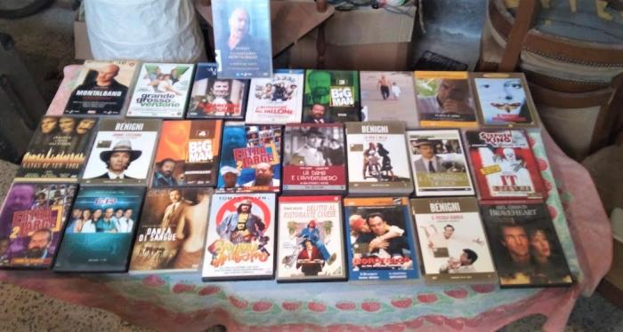 Serie di DVD Misti Originali Comici e Normali - 1/2